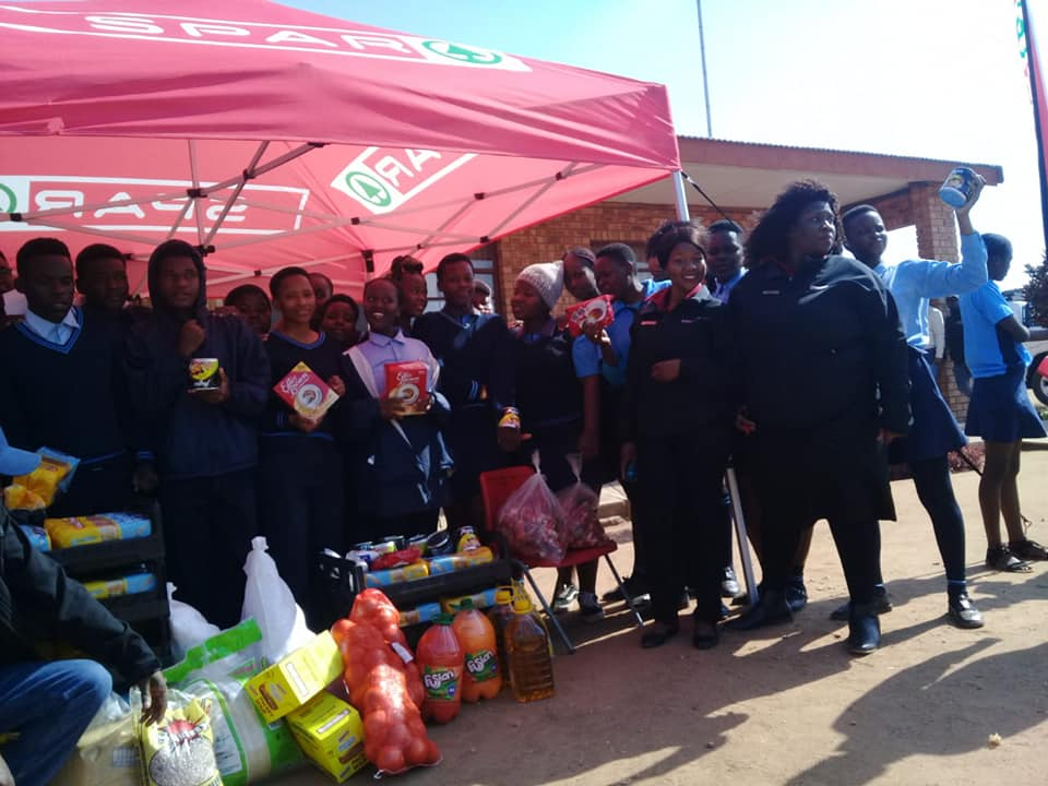 SPAR GIVES BACK TO THE COMMUNITY
